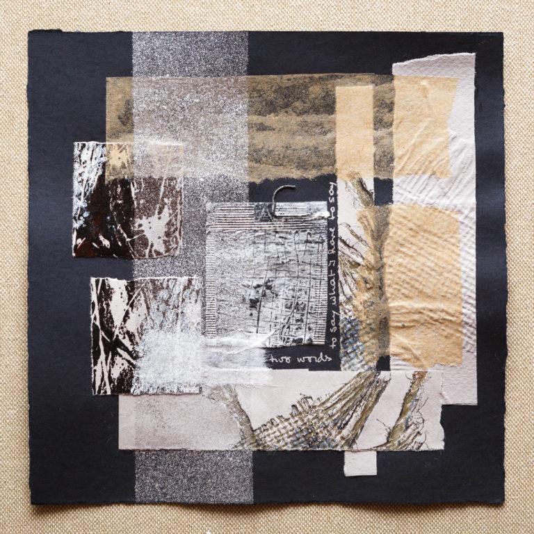 <titulo-obra>Two words</titulo-obra><br><desc-obra>20 x 20 cm - Mixta sobre papel, tinta, collage</desc-obra>
